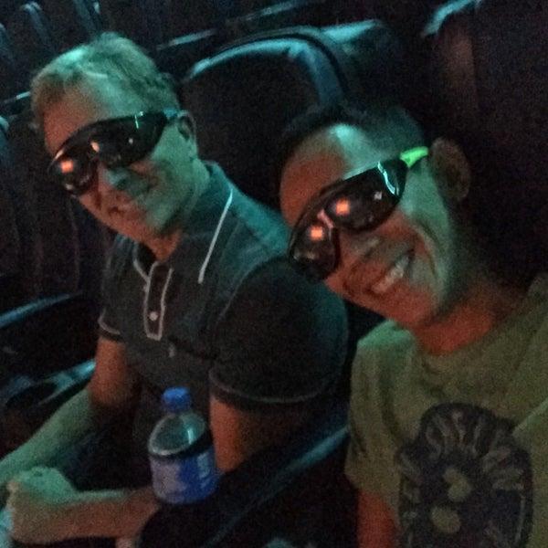 Photo prise au Autonation IMAX 3D Theater par Ari M. le7/26/2016