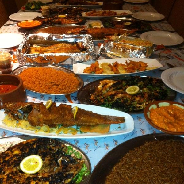 Foto scattata a Twina Park & Restaurant da Abdullah E. il 2/12/2013