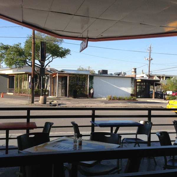 รูปภาพถ่ายที่ El Real Tex-Mex Cafe โดย Rainman เมื่อ 3/26/2013