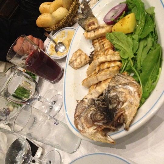 12/8/2012에 tansel a.님이 Cunda Balık Restaurant에서 찍은 사진