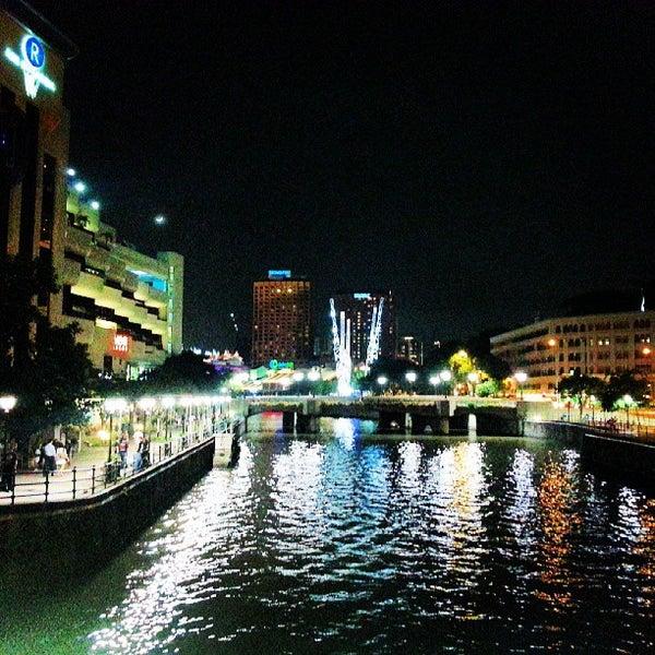 Foto diambil di Singapore River oleh 3rdy A. pada 6/13/2013