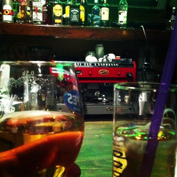 4/23/2013 tarihinde Serap B.ziyaretçi tarafından Social Pub'de çekilen fotoğraf