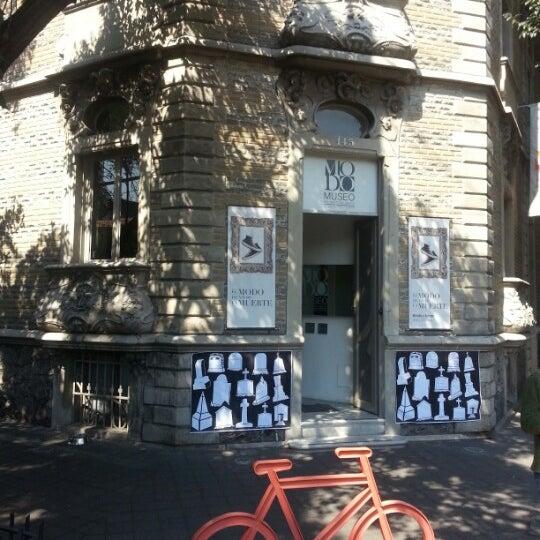 Das Foto wurde bei MODO Museo del Objeto del Objeto von Roberto G. am 11/10/2012 aufgenommen