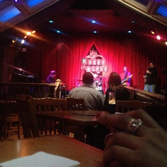 Foto diambil di House of Blues oleh Kevin S. pada 1/14/2013
