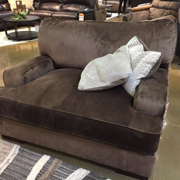 Ashley Furniture Homestore 11645 E Kellogg Dr