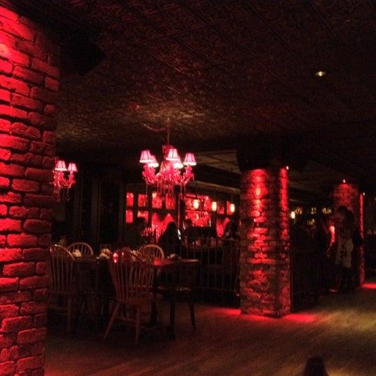 Foto tomada en Lolita Cocina & Tequila Bar por Penny C. el 9/26/2012