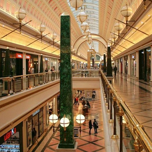 Foto tomada en Centro Comercial Gran Vía 2 por Xavi O. el 4/21/2013
