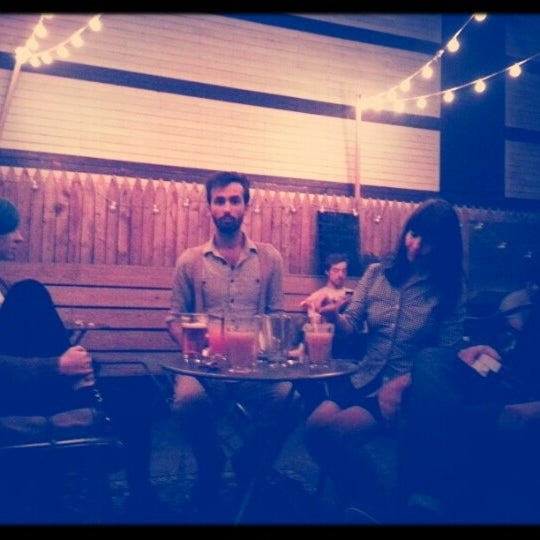 Снимок сделан в Soft Spot Bar пользователем Danya Li C. 9/16/2012