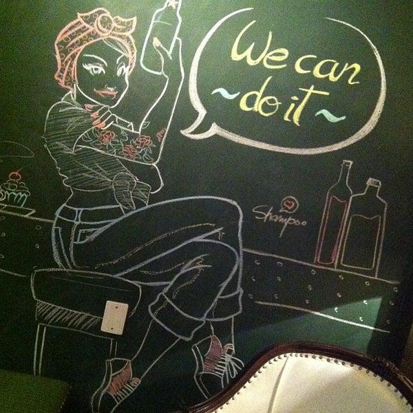 1/23/2013 tarihinde Alexandra P.ziyaretçi tarafından Factory Coffee Bar'de çekilen fotoğraf