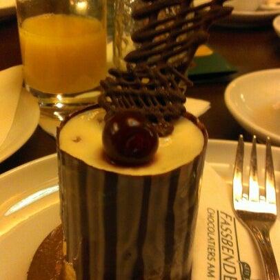 Снимок сделан в Rausch Schokoladenhaus пользователем Olga ♡. 12/16/2012