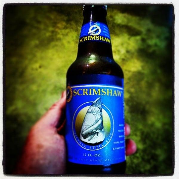 Das Foto wurde bei WhichCraft Beer Store von Christopher C. am 7/6/2014 aufgenommen