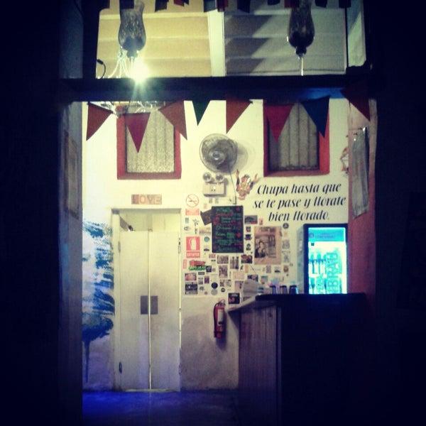 8/28/2014 tarihinde Leslie R.ziyaretçi tarafından Cholo Art and Fun'de çekilen fotoğraf
