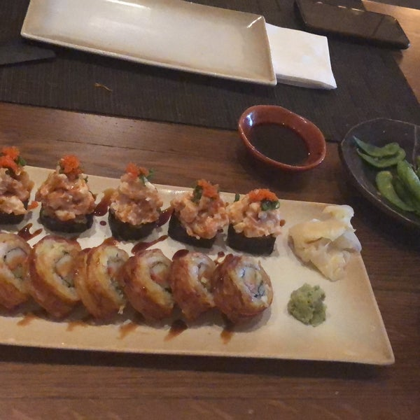 Foto scattata a Yada Sushi da Gizem Ş. il 11/1/2018