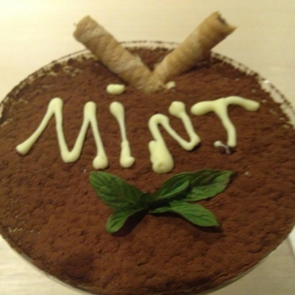 1/4/2013 tarihinde Gamze M.ziyaretçi tarafından Mint Restaurant & Bar'de çekilen fotoğraf