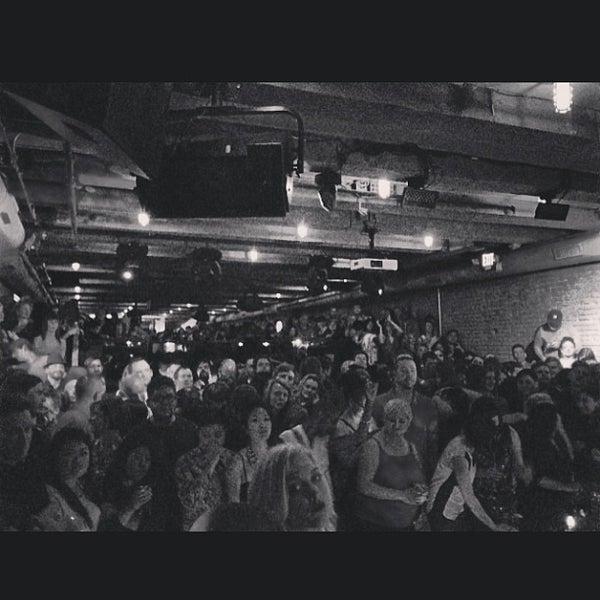 Photo prise au The Portside Pub par @djskee le4/15/2013