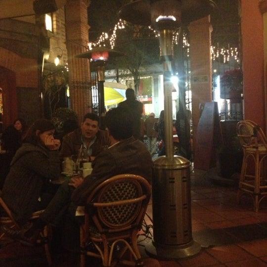 Снимок сделан в Cluny пользователем Rafael B. 12/8/2012