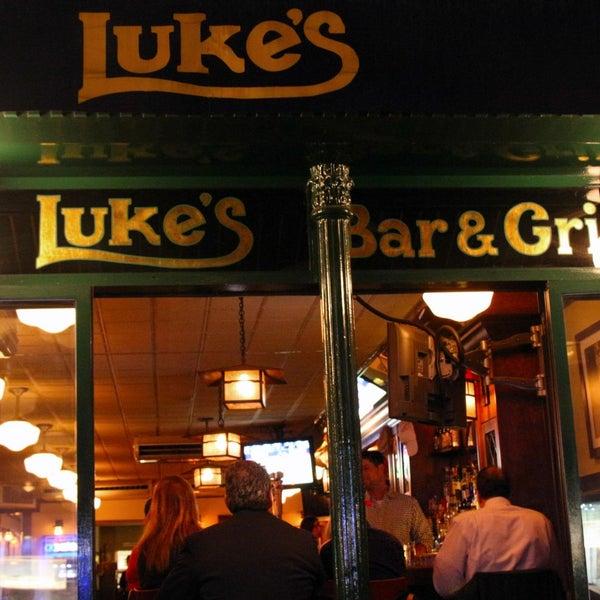 Das Foto wurde bei Luke's Bar & Grill von Luke's Bar & Grill am 2/25/2015 aufgenommen