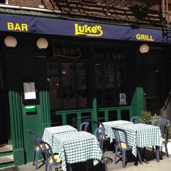 Das Foto wurde bei Luke's Bar & Grill von Luke's Bar & Grill am 8/6/2014 aufgenommen