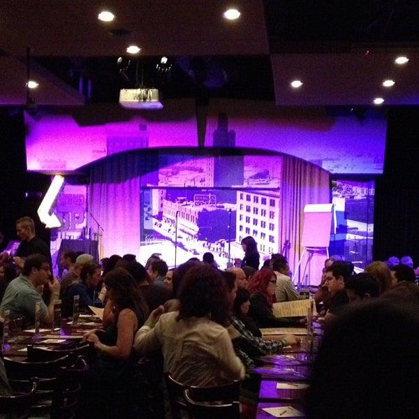 10/27/2012にDavid B.がStand Up Liveで撮った写真