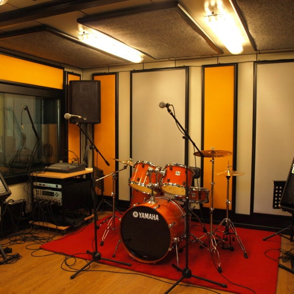 Foto scattata a Studio B Recording da Studio B Recording il 10/24/2013