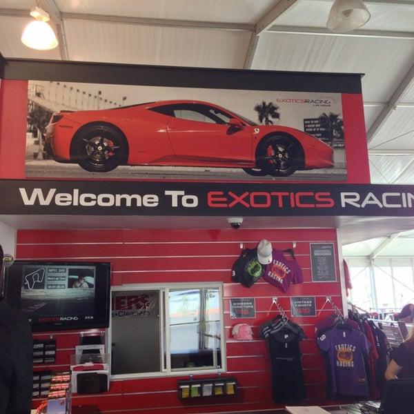 Снимок сделан в Exotics Racing пользователем Debbie 6/13/2013