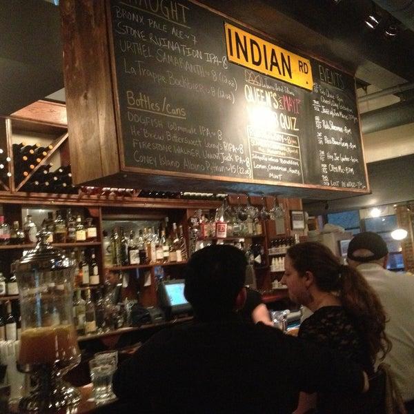 Foto tomada en Indian Road Café por Elena H. el 5/3/2013