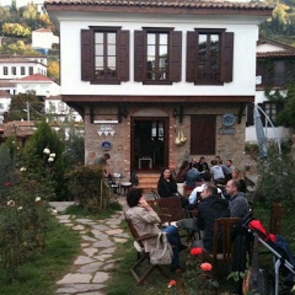 10/13/2013에 Sevcan İ.님이 Üzüm Cafe에서 찍은 사진