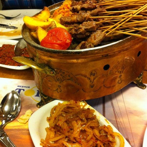 Foto diambil di Topçu Restaurant oleh Arzu E. pada 2/4/2013