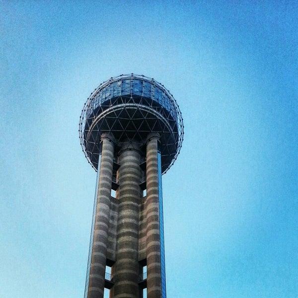 2/6/2013にBeto S.がReunion Towerで撮った写真