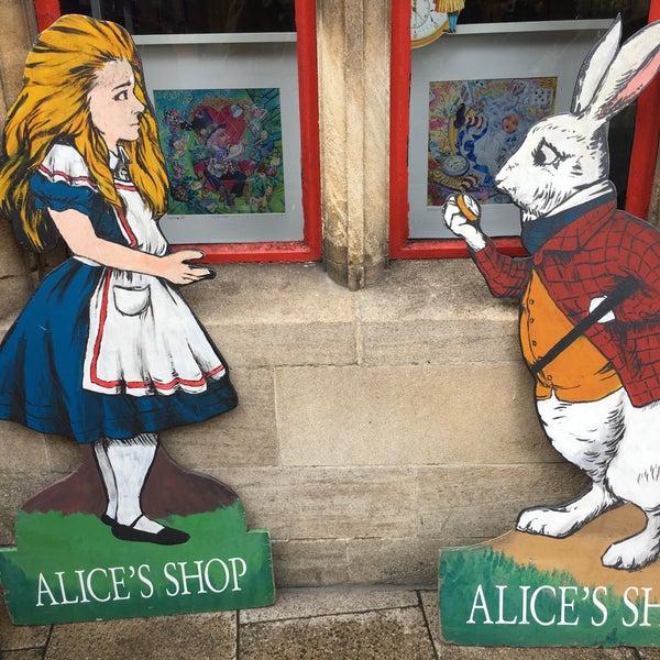 9/30/2019 tarihinde Jinda J.ziyaretçi tarafından Alice's Shop'de çekilen fotoğraf