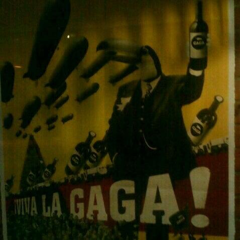 Foto tirada no(a) Gaga Manjero por hakan t. em 5/3/2013