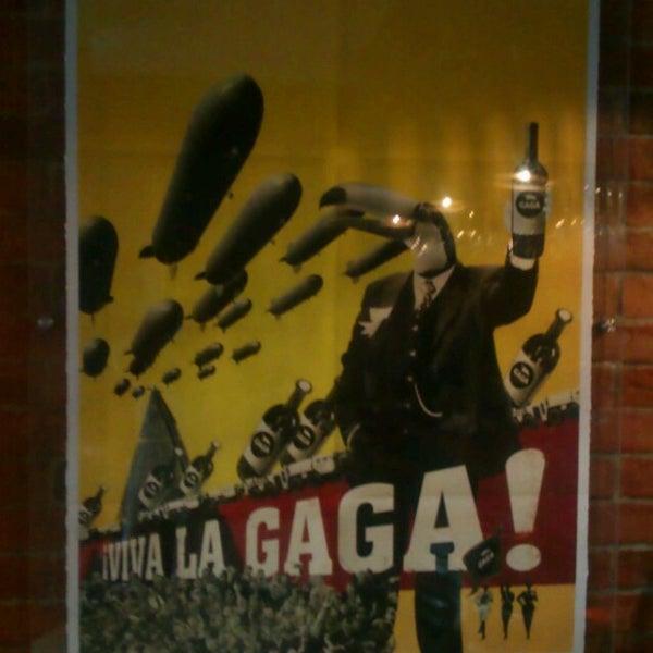 Foto tirada no(a) Gaga Manjero por hakan t. em 7/29/2013