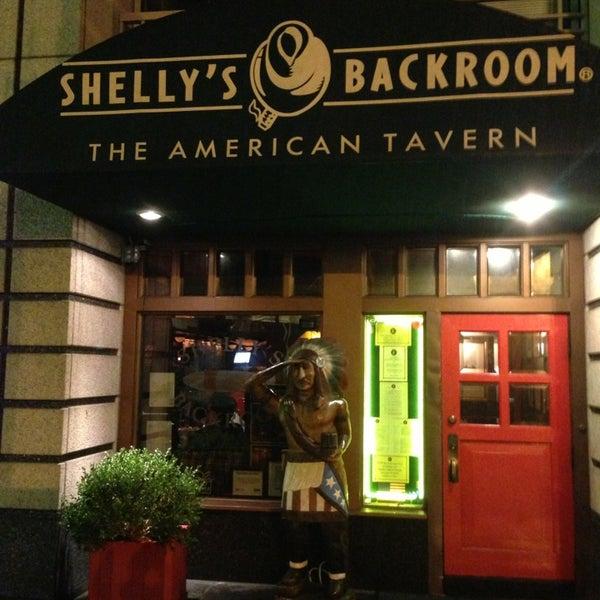 Das Foto wurde bei Shelly's Back Room von Igor B. am 1/31/2013 aufgenommen