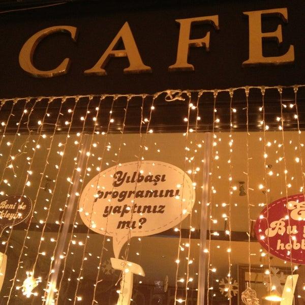Снимок сделан в Hobby Cafe пользователем Melis 12/30/2012