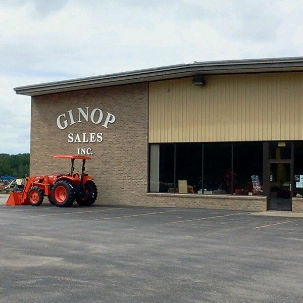 Photos at ginops - 6 visitors