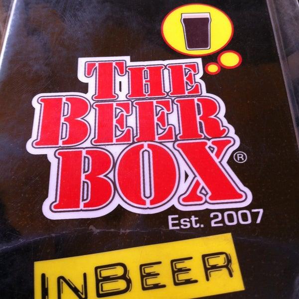 Foto tirada no(a) The Beer Box por Arturo G. em 4/17/2013