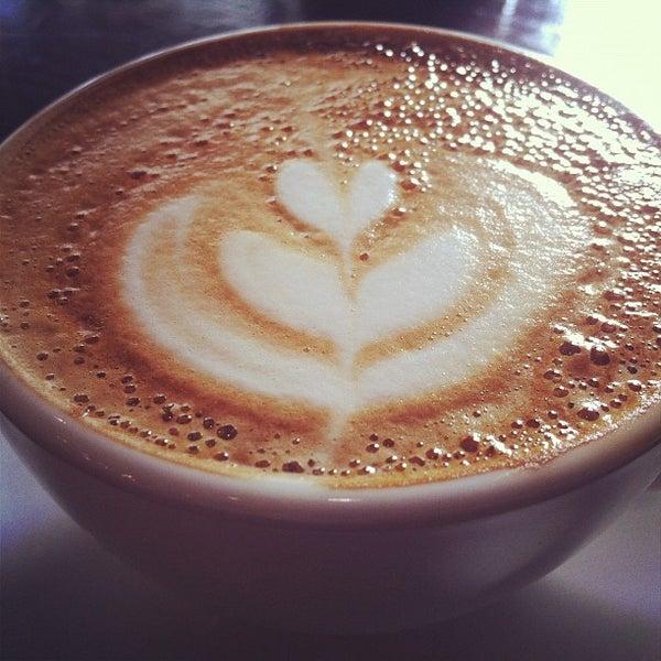 Das Foto wurde bei Bluebelles of Portobello von Erin S. am 10/18/2012 aufgenommen
