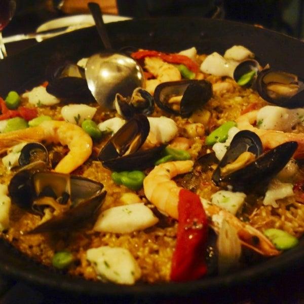 Снимок сделан в Socarrat Paella Bar - Nolita пользователем Jean X. 2/19/2013