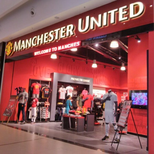 f19f67e5b Manchester United Official Shop - 1 tip