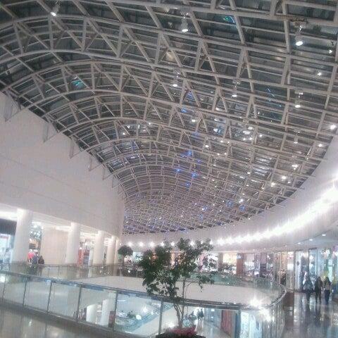 Foto tirada no(a) Shopping Palladium por Guto C. em 10/16/2012