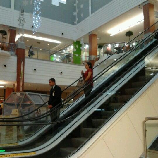 Снимок сделан в Floripa Shopping пользователем Andrey L. 12/1/2012