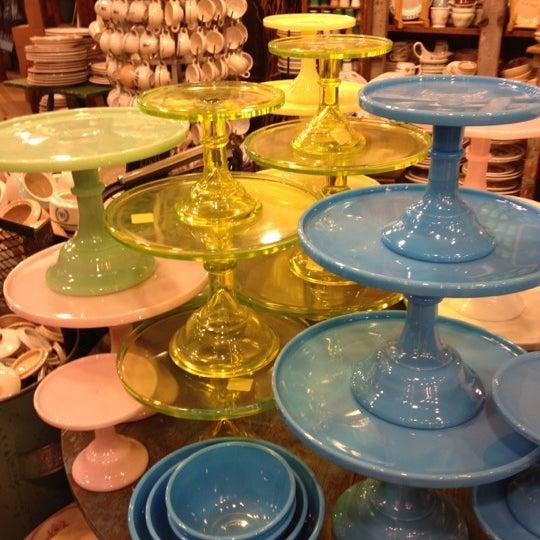 Das Foto wurde bei Fishs Eddy von Abby S. am 10/26/2012 aufgenommen