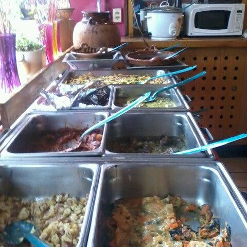 Снимок сделан в Mamá Conchita пользователем Ximena C. 11/6/2012