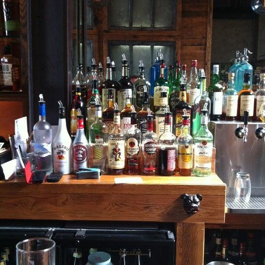 Foto diambil di Two Door Tavern oleh Alex N. pada 9/22/2012