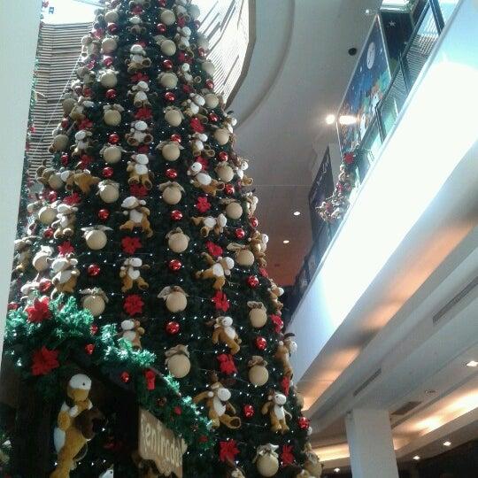 Das Foto wurde bei Portones Shopping von Gime S. am 12/9/2012 aufgenommen