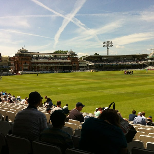 Foto tomada en Lord's Cricket Ground (MCC)  por Kevin H. el 6/30/2013
