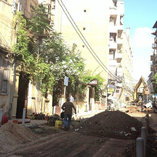 Foto scattata a The Hangout da OverWelming Beirut C. il 7/26/2013