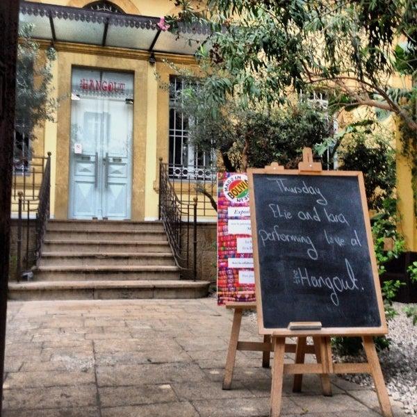 รูปภาพถ่ายที่ The Hangout โดย OverWelming Beirut C. เมื่อ 11/1/2013