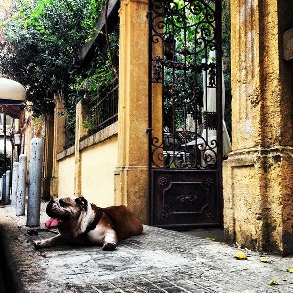 Foto scattata a The Hangout da OverWelming Beirut C. il 11/1/2013