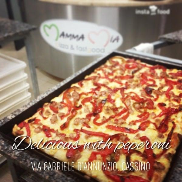 Foto scattata a Mamma Mia Pizza & FastGood da Mamma Mia F. il 11/12/2013